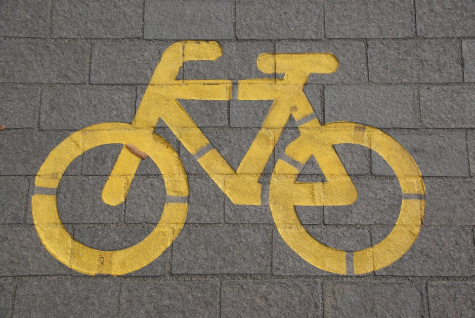 cycling-bicycle-bike-lane